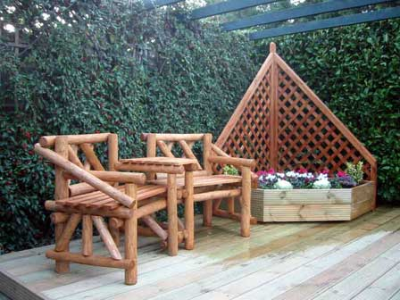 Combination-Bench-And-Large-Corner-Planter-With-Diamond-Trellis.jpg